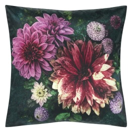 A Nyhet Designers Guild Kudde Dahlia Noir Fuchsia Cushion 50 x 50cm CCDG0918 (1-PACK)