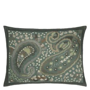 Designers Guild Kudde Uchiwa Teal Cushion 60 x 45cm CCDG0920 (1-PACK) Kampanj 25% rabatt på hela köpet över 5000 kr (gäller ej rea och tyger) KOD. GTGYTKXL - Kudde  En styck