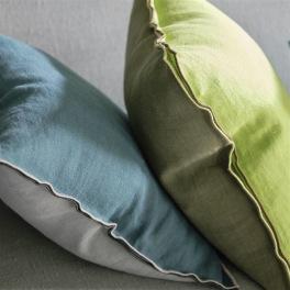 Designers Guild Kudde BRERA LINO i 15 Färger 45x45 cm (2-PACK) Kampanj 25% rabatt på hela köpet över 5000 kr (gäller ej rea och tyger) KOD. GTGYTKXL