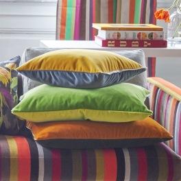 Designers Guild Kudde CASSIA i 10 Färger 60x45 cm (1-PACK) Kampanj 25% rabatt på hela köpet över 5000 kr (gäller ej rea och tyger) KOD. GTGYTKXL