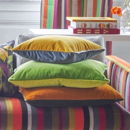 Designers Guild Kudde CASSIA i 10 Färger 60x45 cm (2-PACK) Kampanj 25% rabatt på hela köpet över 5000 kr (gäller ej rea och tyger) KOD. GTGYTKXL