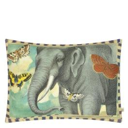 A Nyhet John Derian Kudde ELEPHANT'S TRUNK SKY CCJD5052 (1-PACK) Kampanj 25% rabatt på hela köpet över 5000 kr (gäller ej rea och tyger) KOD. GTGYTKXL