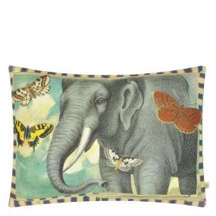 John Derian Kudde ELEPHANT'S TRUNK SKY CCJD5052 (1-PACK) Kampanj 25% rabatt på hela köpet över 5000 kr (gäller ej rea och tyger) KOD. GTGYTKXL - Kudde  En styck