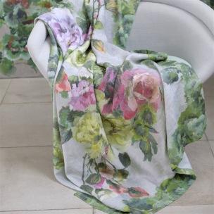 Designers Guild Pläd GRANDIFLORA ROSE EPICE 130x180cm digitaltrykt på linne BLDG0224 (2-Pack) Kampanj 25% rabatt på hela köpet över 5000 kr (gäller ej rea och tyger) KOD. GTGYTKXL - 2-pack