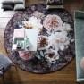 A. Nyhet Designers Guild Digitaltrykt Matta PAHARI ROSEWOOD ROUND diameter 250 cm RUGDG0682 Kampanj 25% rabatt på hela köpet över 5000 kr (gäller ej rea och tyger) KOD. GTGYTKXL