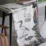 John Derian Pläd BIRDS OF A FEATHER PARCHMENT (digitaltryckt på linne) BLJD5004 (1-Pack) Kampanj 25% rabatt på hela köpet över 5000 kr (gäller ej rea och tyger) KOD. GTGYTKXL - 2-pack