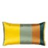 A Nyhet Designers Guild Kudde KASUTI ALCHEMILLA 50x30 CCDG1045 (1-PACK) Kampanj 25% rabatt på hela köpet över 5000 kr (gäller ej rea och tyger) KOD. GTGYTKXL - Visar kudde baksida