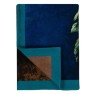 Designers Guild Pläd MINAKARI COBALT digitaltryckt på pure soft Merino Wool 130X180 cm BLDG0226 (1-Pack) Kampanj 25% rabatt på hela köpet över 5000 kr (gäller ej rea och tyger) KOD. GTGYTKXL