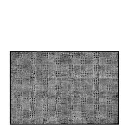 A Nyhet Designers Guild Handtuftad Matta QUELUZ NOIR Tre storlekar RUGDG0731-33 (Går att måttbeställa) Kampanj 25% rabatt på hela köpet över 5000 kr (gäller ej rea och tyger) KOD. GTGYTKXL