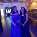 Supatsara Drokjan och Andrea Zamora på vårfest. Foto: Gisela Edlund