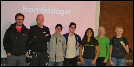 Marcus Nordström, Nicklas Olofsson, Ali i 9D, Moussa i 9B, Louise Sandqvist, Sofie DahlénSjöberg och Valter i  9B var alla på plats. Foto: Viktoria L Larsdotter