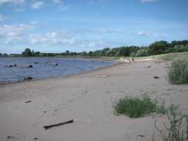 Vita Bandets badstrand - en långgrund sandstrand