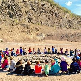 Land art med förskolebarn, Tingdalskolan Björnås, Åstorp kommun