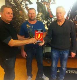 Fr.v. Tommy Allansson (Motocrossektionen), Pär Nilsson och Örjan Norblad (Finspångs MS)