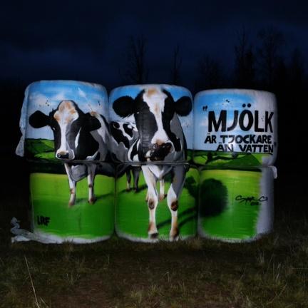 Mjölk är .. längs 45:an Högboda
