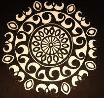 svartvitmandala i playwood 3000:-
