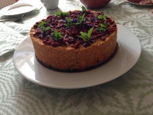 Morotskaka med gojibär och lavendel