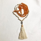 #N38# 108 Bead Mala - Apelsinorange Jade, Magnesit