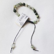•21 Bead Wrist Mala| Grönstrimmig Jaspis