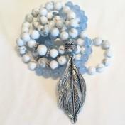 •108 Bead Mala |Ljusblå Jade|Howlit (N137)
