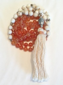 • 108 Bead Mala | Magnesit | Orange Jade (N38)