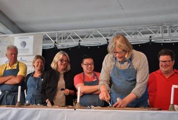 Från vänster Claes G Hansson, Ingela Holgersson, Lena Westersund (tidtagare), Jon Larsson, Hasse Johannesson (tävlingsledare) och Dan Lexö.