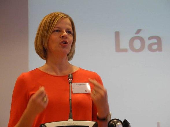 Loa Brynjulfsdottir, NFS generalsekreterare, på Nordisk Facklig Kongress
