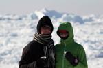loa kaffe framför isbergen WEBB-2172