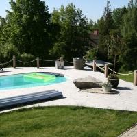 Altan runt pool 003