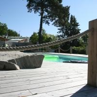 Altan runt pool 012
