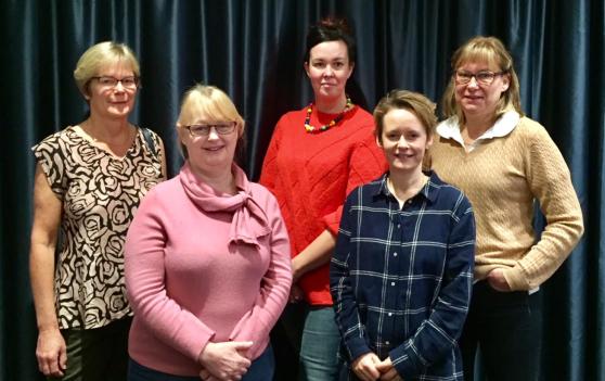 Från vänster: Eva Heger,  Lolita Nilsson, Jessica Sas, Marit Gorvy och Catarina Eliasson