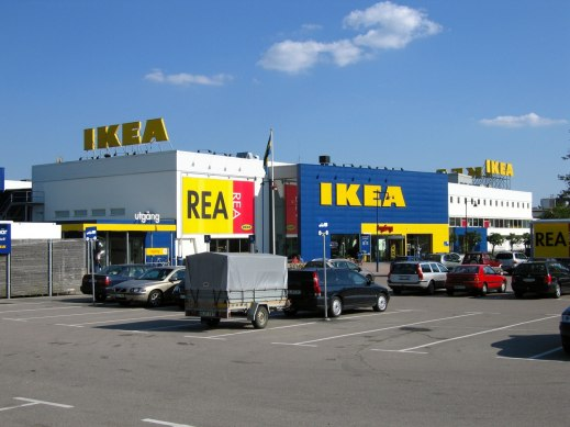 IKEA har elfordonsdag i Älmhult