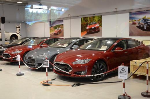 """Nya Model S för EU (Bild: """"bb"""" www.elbilforum.no)"""