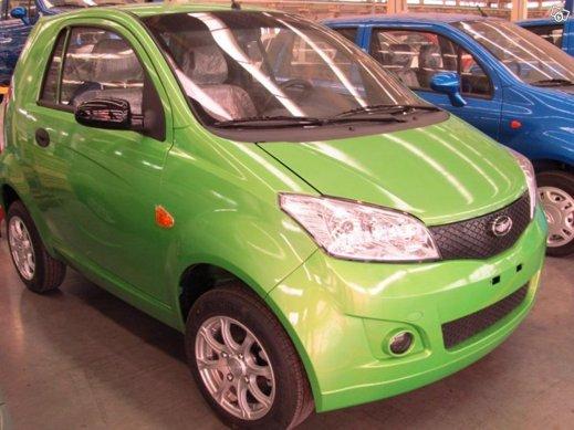 Tvåsitsiga PreeCar MC-elbil kan fås för 125 000:-