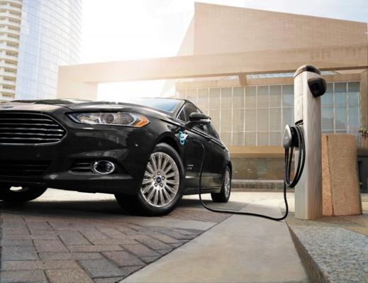 Ford Fusion laddas på en av Fords anläggningar i Nordamerika