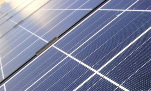 Sprutmåla solcellerna direkt på taket, snart verklighet?