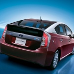 2014-toyota-prius-plug-in-hybrid2-japanese-version_100442720_l