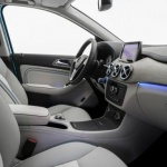 mercedes-benz-b-class-electric-drive-concept-interior-photo-476544-s-787x481-626x382