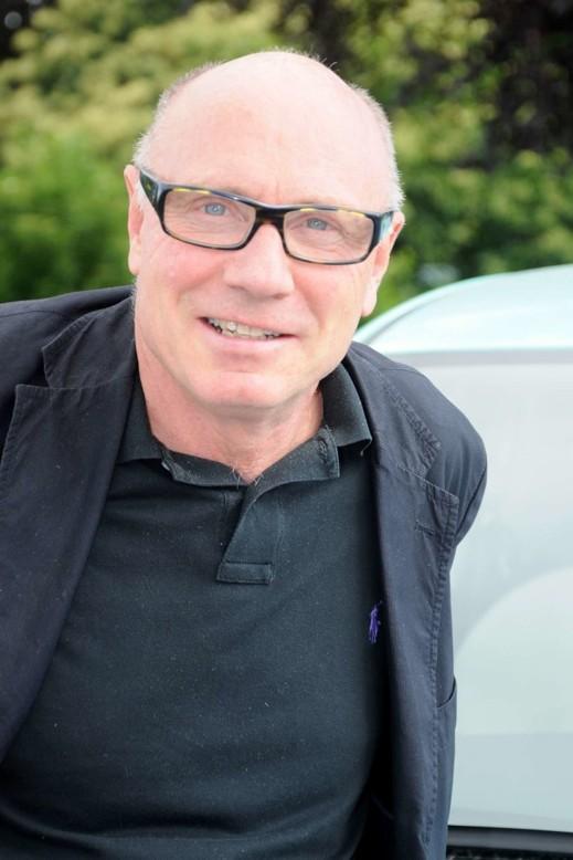 """Per Lundgren, elbilsexpert på Öresundskraft, har fått Region Skånes hederspris för sitt arbete med elbilar. Priset delades ut i samband med evenemanget """"Kreativa Skåne"""", arrangerat av Region Skåne."""