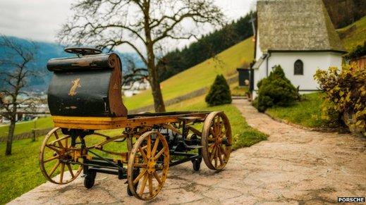 Den första Porschen har varit parkerad sedan 1902