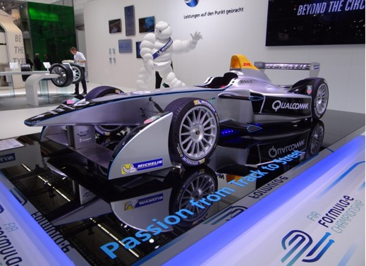 Renault Spark SRT 01 den bil alla team kommer att använda år 1 i Formula E