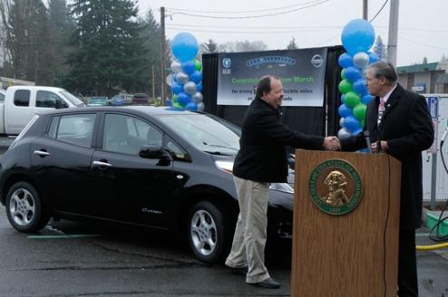 Sent 2013 var Steve Marsh´s LEAF den första i USA som passerade 100 000 miles
