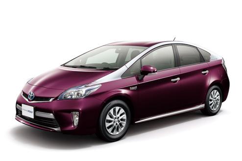 Ansiktslyftning Toyota Prios 2014 i Japan