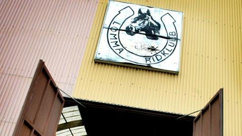 I framtiden är planen att hela Lomma ridklubbs verksamhet ska koncentreras till det nyare ridhuset. Bild:Jenny Leyman