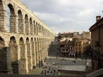 Akvedukten i Segovia, det största romerska byggnadsverket i Spanien