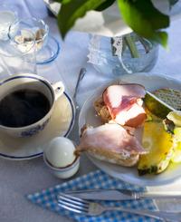 Lantlig frukost på Stilla Rum Spa i Vessigebro utanför Falkenberg