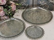 Chic Antique Glasfat/ljusfat i antiksilver med mönster