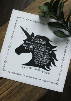 Maja, Unicorn print