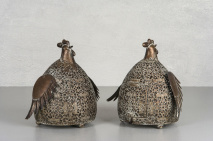 Höna - Ljuslykta i metall, brun kopparfinish