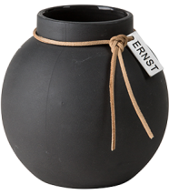 ..ERNST  Rund vas i stengods med läderband, H 10cm (mörkgrå)